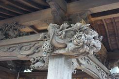 蓮馨寺水舎の彫刻