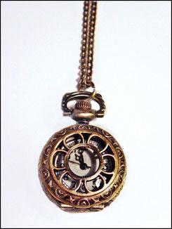 Uhr mit Deckel Rad