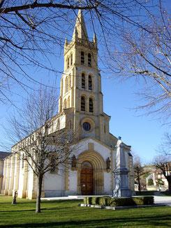 l'église de villeneuve de rivière dans le comminges pieds des pyrenées