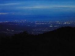 展望台からの夜景(関西空港方面)