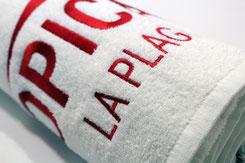 Handtuch besticken, Handtuch mit Logo, Handtücher bedruckt, Handtücher bestickt, Badehandtücher, Handtücher mit Einwebung,