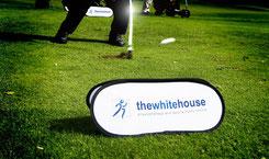 Tee Banner, Abschlagmarkierung, Abschlagmarkierung bedrucken, Logo Golfartikel, bedruckte Golfartikel, Golfartikel mit Logo