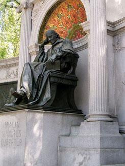 Bild: S. Hahnemann, Homöopathie, Grab, Denkmal, Ähnlichkeitsprinzip, Praxis Kerstin Stephan