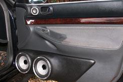GFK-Doorboards imm Audi A4 mit 2x 16cm Focal Utopia Tieftöner
