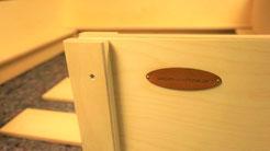 Wurfbox von welpen-wurfkiste.de mit isolierendem Massivholzboden