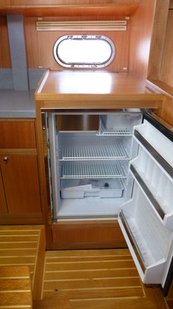 Large 110 liter fridge with freezer