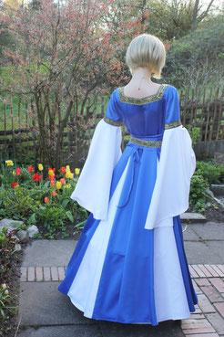 Brautkleid der Edeldame, maßgefertigtes Hochzeitskleid aus dem Gewandatelier Mittelalter-Fashion