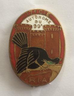 Insigne de la 17e Cie autonome de forteresse du 99e R.I.A., circa 1935. Le tétras suggère le coté alpin de l'unité (Coll. priv. 001)