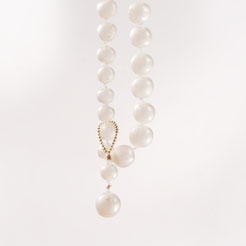 big pearls, silicon mother of pearl necklace