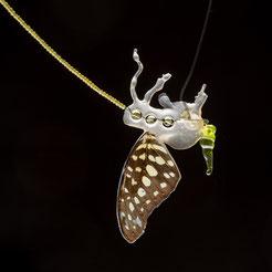 Marian Sturkenboom, butterfly, vlindervleugel, gedenksieraad, herinneringssieraad