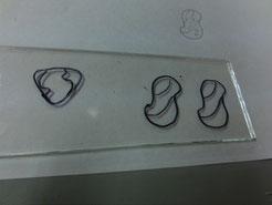 そしてガラス板に写します!隣のスーパーマンマークは、ヨシ兄デザイン♪これもスプロケの「S」 カブっちまったー(゜o゜)気が合うね!