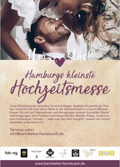 Brautpaar küsst sich auf dem Plakat für Hamburgs kleinste Hochzeitsmesse mit Hochzeitssängerin