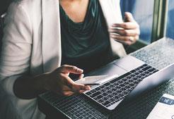 Kontaktdaten, Anschrift, Telefon, Fax, E-Mail, Bewerbungs-E-Mail. Hier finden Sie alles um einen Termin oder Informationen zu erhalten.