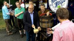 """""""O'zapft'is"""" Gefreeser Heimat- und Wiesenfest"""