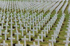 Nichts dazu gelernt. MilitärmusikerInnen unterstützen weiterhin das Militär und den Krieg.  So wiederholt sich die Geschichte.