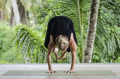 Yoga Winschoten Crow Lisa Schuur Bakasana