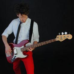 Jonas - Bass & Vocals