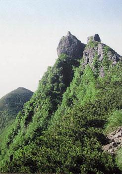険峻な山頂(八ヶ岳権現岳)