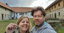 Net de sleutel ontvangen van onze carré boerderij (statek) in Brezany nad Ohri