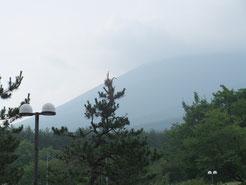 雲が切れてきた岩手山