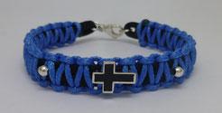 Makramee-Armband schwarz/blau mit handgefertigtem Silberkreuz geschwärzt