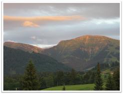 Ferienappartement Kessl, Hochparterre, Allgäu, Oberstaufen Steibis, Oberstaufen Plus, Oberstaufen-Plus, Ausblick vom Balkon, Hochgrat, Hündle, Imberg, Staufen