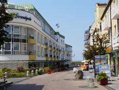 Einkaufsmöglichkeiten auf dem Weg zum Deich - Cuxhaven-Duhnen