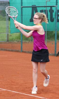 Laura Vogel und die Damen 3 mussten sich nach hartem Kampf im Derby gegen den TSV Burgau I geschlagen geben