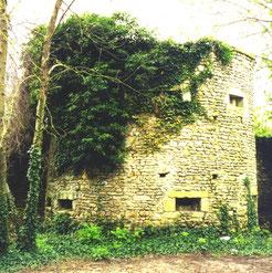 Rély-Turm; Teil der alten Stadtmauer