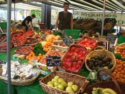 フランスの街角市場