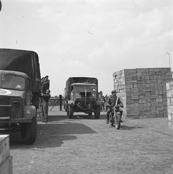 483th RASC Company at the 10th CAID depot located at the  ENKA  Factory (Nederlands Instituut Militaire Historie)
