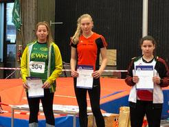 Platz 1 Lara Hochdörfer, Platz 2 Kimberly Schneider, 3 Anika Schlesinger