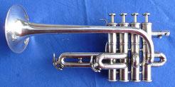 Piccolo Trompete Yamaha YTR 9830