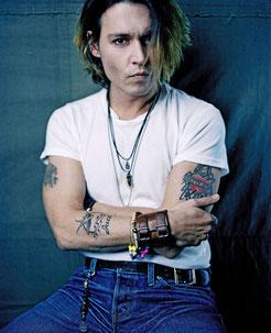 Johnny Depp, Lune Noire Scorpion en maison IV.