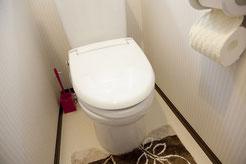 深夜にトイレの水が詰まったとのことで修理依頼