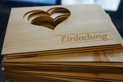 Einladungen aus Holz, Lasertechnologie
