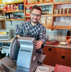 Lukas Frey, Verkäufer und Koch