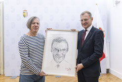 Gazmend Freitag mit Landeshauptmann von Oberösterreich Thomas Stelzer! © Land OÖ / Mayrhofer