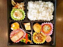 町田市三輪町の東京映像美術へお届けのお弁当