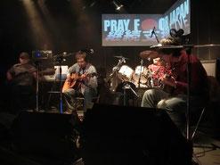 山熊さん!このバンドの音色、大好きなんだよねぇ~!