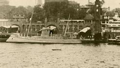 Pulsar, Schnell-Schiff, Landungsbrücken