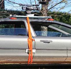 le cadre à ventouse peut se mettre aussi sur le toit