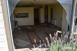 Neuseeland - Motorrad - Weltreise - Christchurch - verheerende Schäden nach Erdbeben 2011 - verlassene Wohnviertel