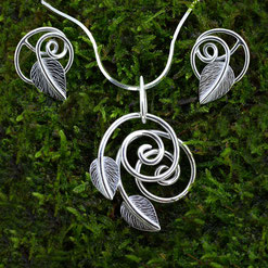 Swirling Leaves Jewellery Collection
