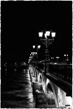 Lampadaires sur la Garonne