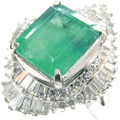 エメラルドダイヤリング プラチナ
