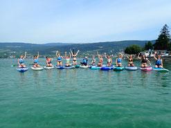 Stand Up Paddling Kurs - Gruppe auf dem Wasser