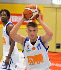 15 Punkte (3/3 Dreier, 2/2 Freiwürfe) und 9 Rebounds: Finn Hübner lieferte eine starke Vorstellung ab.