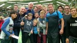 Wir und die Tischtennis-Legende Jan-Ove Waldner!