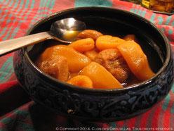 Tajine de poires, abricots, figues, pochées au thé Rooibos de Noël